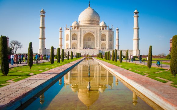 Taj Mahal Prices Rise to Curb Visitor Numbers