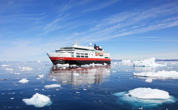 Hurtigruten Partners with EAT for More Sustainable Cuisine