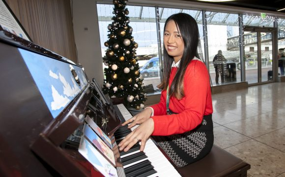 Dublin Airport Passengers Invited to Play the Piano!