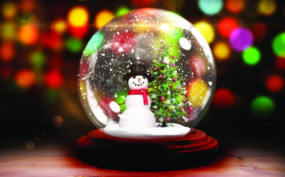 Airport Warning Over Christmas Packing and Snow Globes