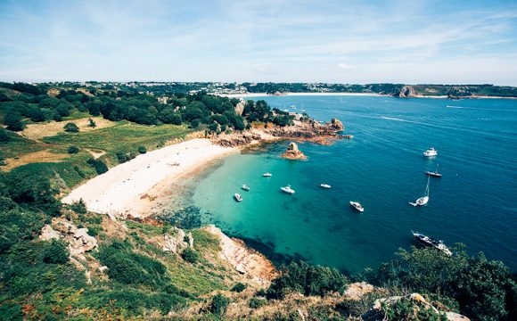 France Threatens to Cut Power to Jersey