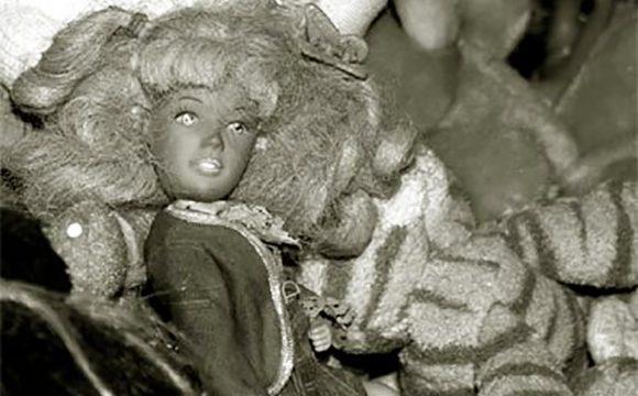Tartan 'Barbie' Stolen from Top Edinburgh Tourist Attraction