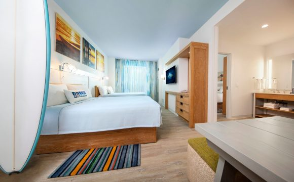 Universal's Endless Summer Resort to Open in March 2020