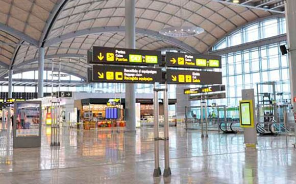 Passengers Evacuated after Fire at Alicante Airport