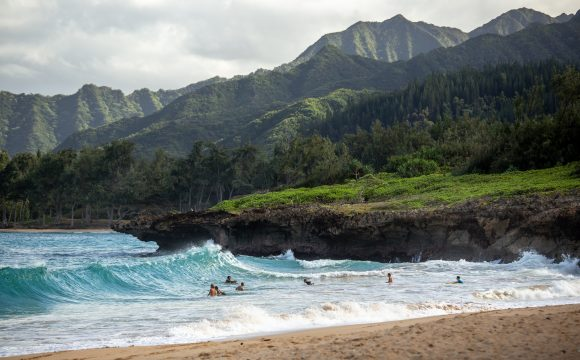 Outrigger Hospitality Group to Acquire Hawaii Island Resort