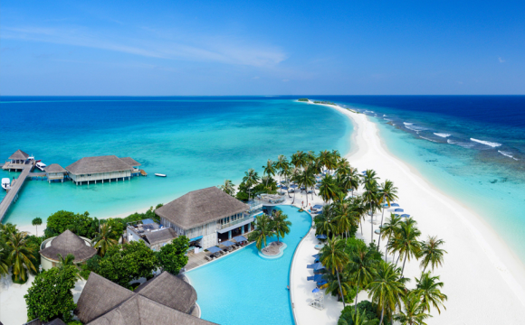 Beachcomber Now Selling Luxury Holidays to the Maldives!