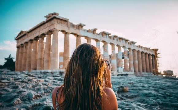 Greece Ready to Reopen to Tourists from Mid-June
