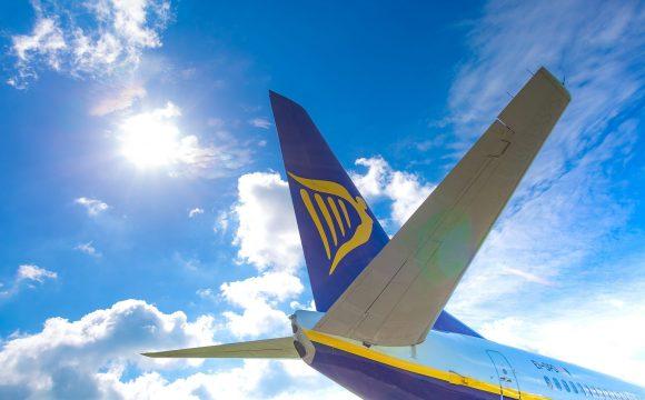 """Ryanair Boss Slams PM Over """"Bonkers'"""" Traffic Light Scheme"""