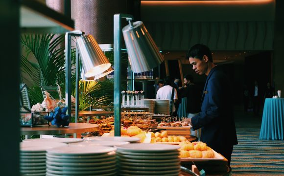 Royal Caribbean Ditches the Onboard Buffet