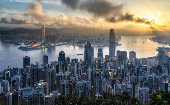 US Airlines Suspend All Flights to Hong Kong