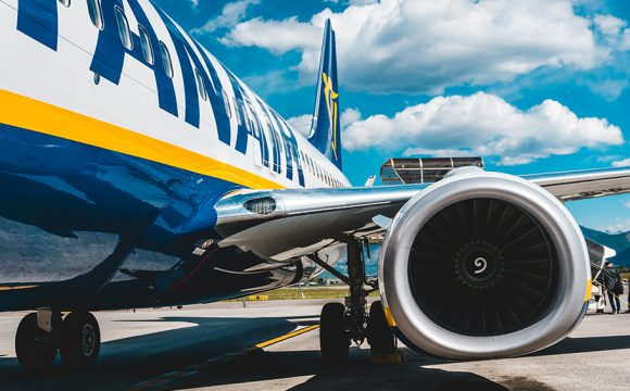 "Ryanair Defends Pre-Christmas Sale While Ireland's Public Health Experts Continue to Advise Against ""Non-Essential Travel"